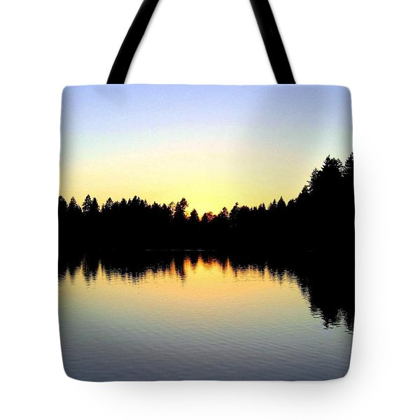 Lost Lagoon Sunset Tote Bag by Will Borden