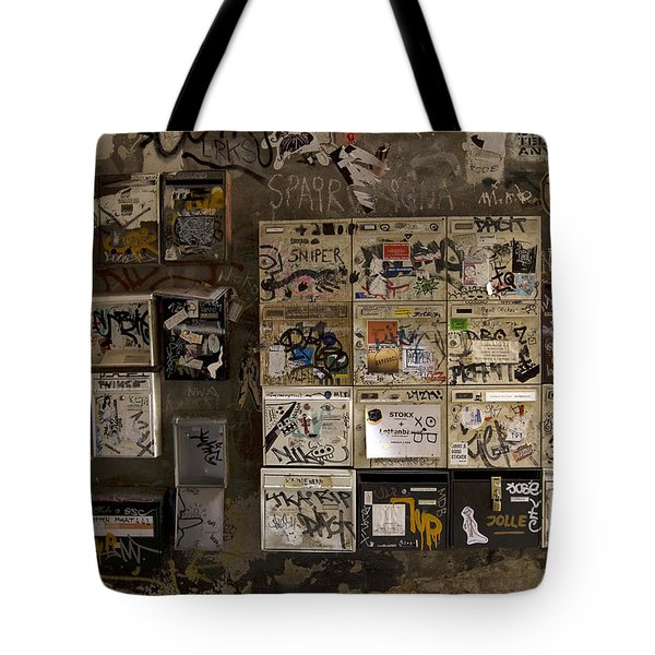 Mailboxes with graffiti Tote Bag by RicardMN Photography