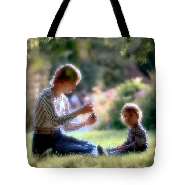 Mother And Kid Tote Bag by Juan Carlos Ferro Duque
