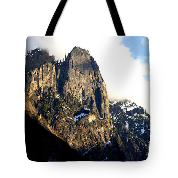 Mountains Of Yosemite . 7d6167 Tote Bag by Wingsdomain Art and Photography