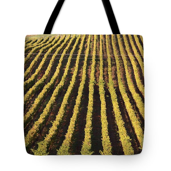 Napa Valley Vineyard . 7d9061 Tote Bag by Wingsdomain Art and Photography