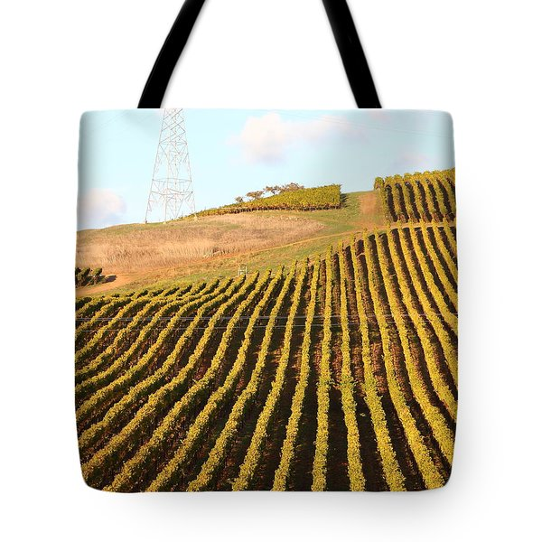 Napa Valley Vineyard . 7D9065 Tote Bag by Wingsdomain Art and Photography