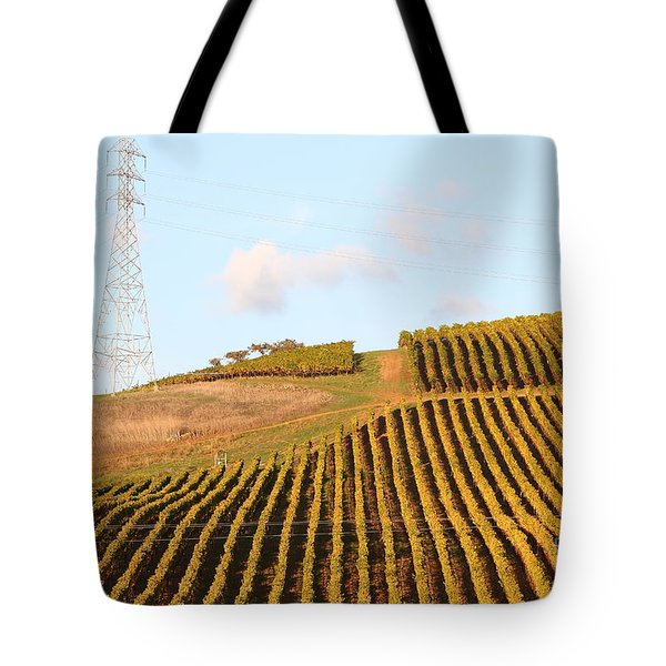 Napa Valley Vineyard . 7D9066 Tote Bag by Wingsdomain Art and Photography
