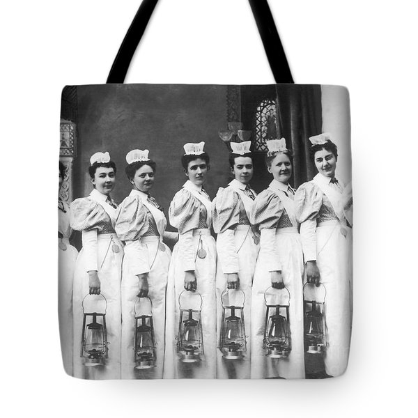 Nurses On Night Rounds 1899 Tote Bag by Science Source