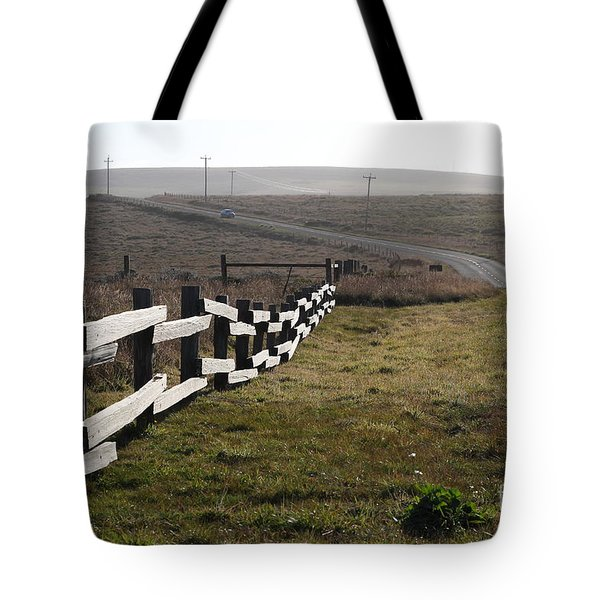 Old Fence And Landscape Along Sir Francis Drake Boulevard At Point Reyes California . 7D9897 Tote Bag by Wingsdomain Art and Photography