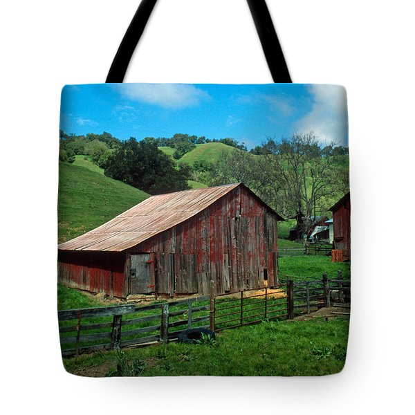 Old Red Barn Tote Bag by Kathy Yates