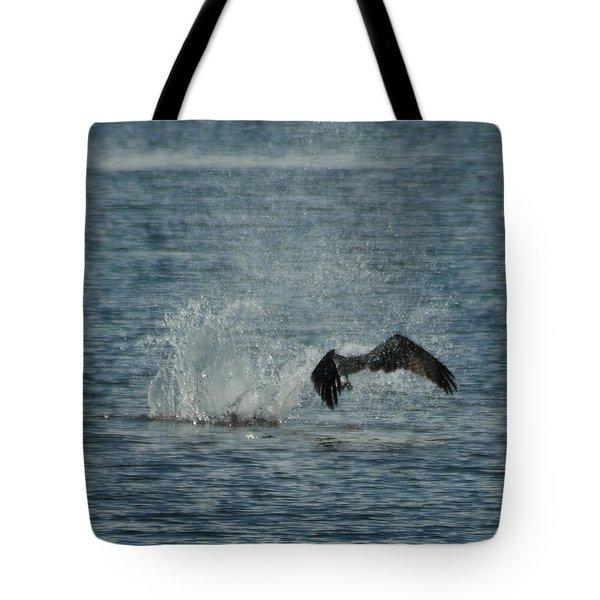 Osprey Fishing Tote Bag by Ernie Echols