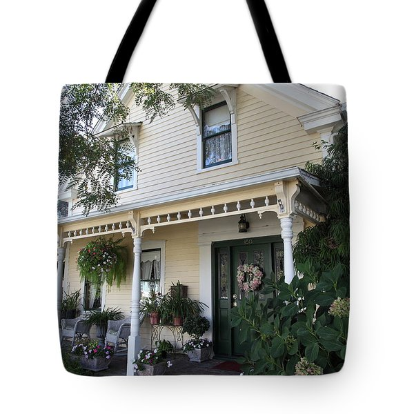 Quaint House Architecture - Benicia California - 5d18794 Tote Bag by Wingsdomain Art and Photography