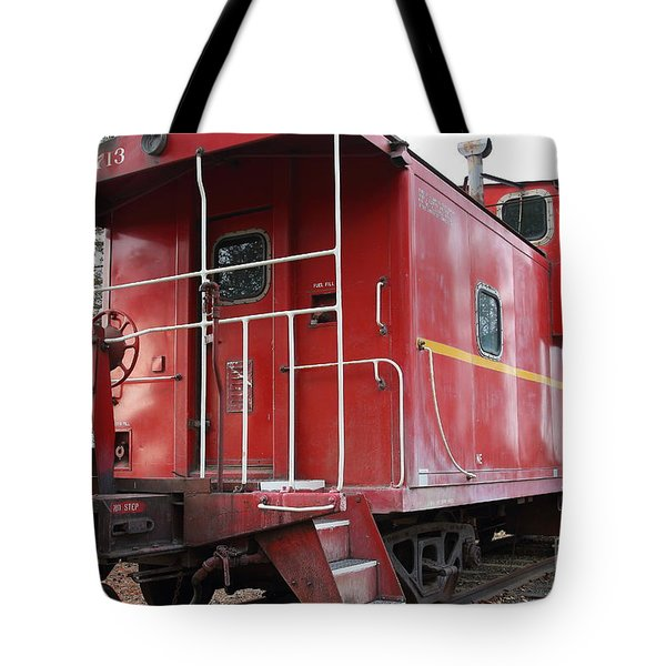 Red Sante Fe Caboose Train . 7d10330 Tote Bag by Wingsdomain Art and Photography