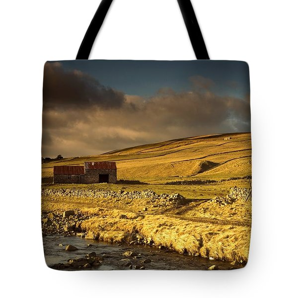 Shed In The Yorkshire Dales, England Tote Bag by John Short