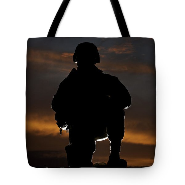 Silhouette Of A U.s. Marine In Uniform Tote Bag by Terry Moore