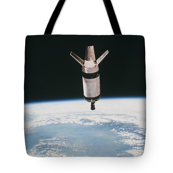 Skylab 3 Expended Second Stage In Earth Tote Bag by NASA / Science Source