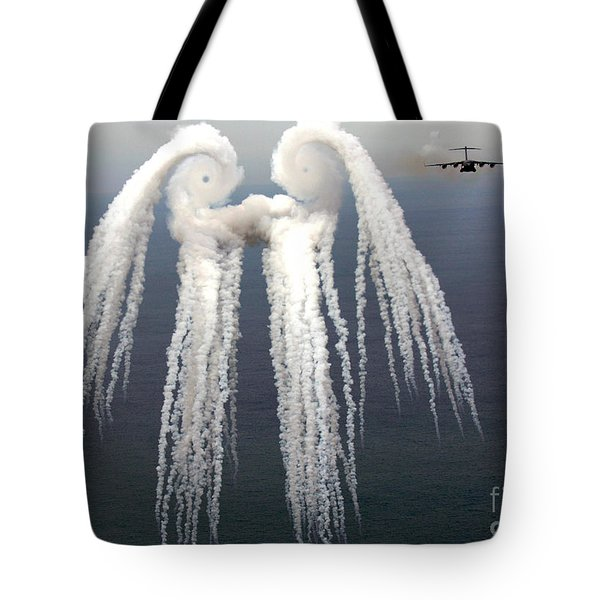 Smoke Angel Created By Wingtip Vortices Tote Bag by Photo Researchers