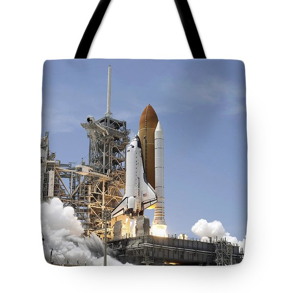 Space Shuttle Atlantis Twin Solid Tote Bag by Stocktrek Images