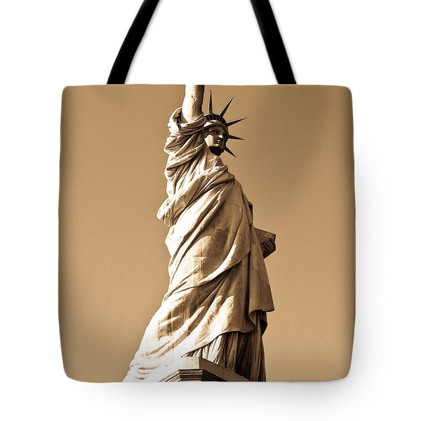Statue Of Liberty Tote Bag by Syed Aqueel