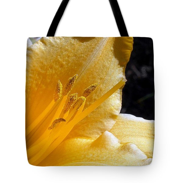 Stella D'oro - Day Lily Tote Bag by Kaye Menner