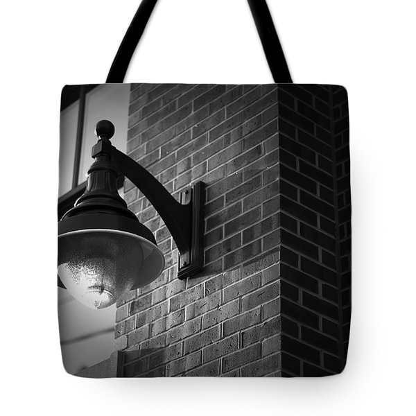 Streetlamp Tote Bag by Eric Gendron
