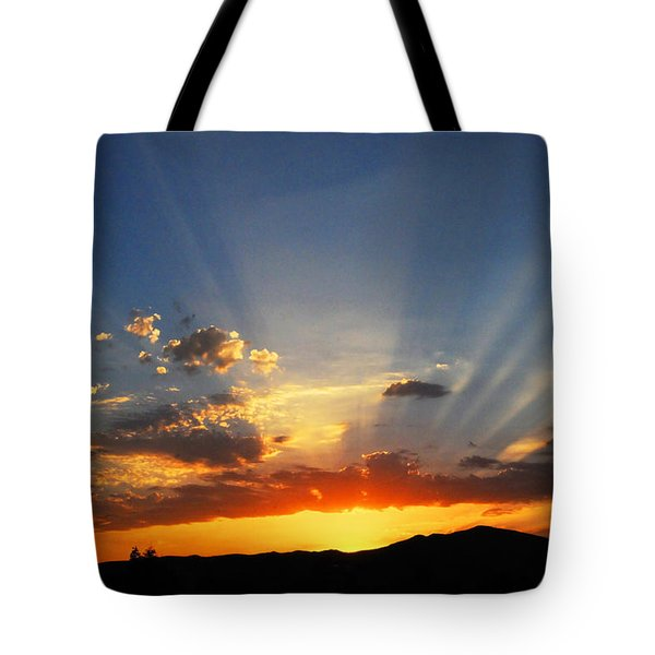 Sunset Sun Rays Tote Bag by Lynn Bauer