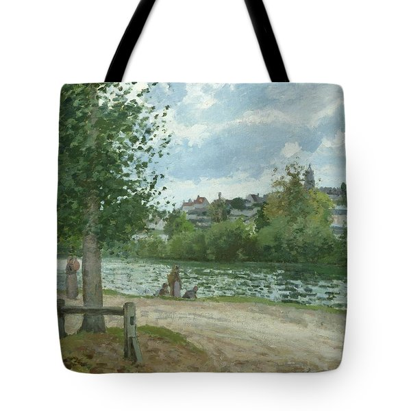 The Banks Of The Oise At Pontoise Tote Bag by Camille Pissarro