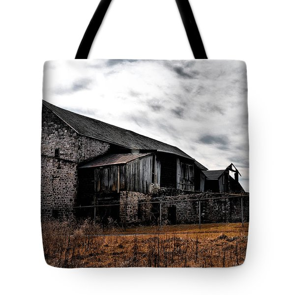 The Barn At Pawlings Farm Tote Bag by Bill Cannon