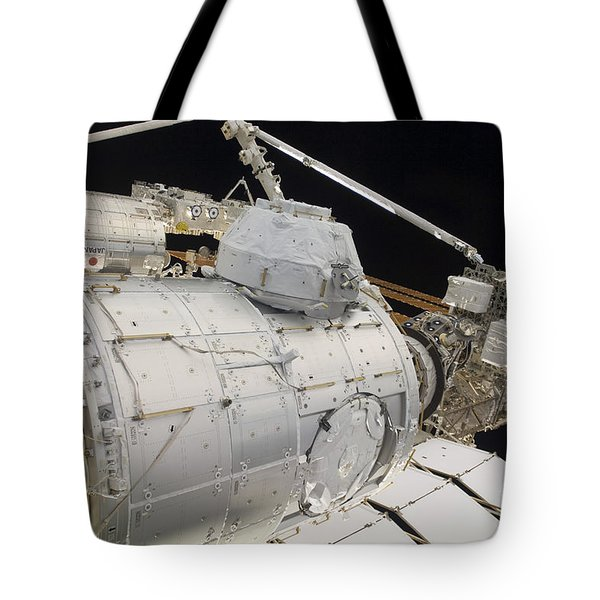 The Pressurized Mating Adapter 3 Tote Bag by Stocktrek Images