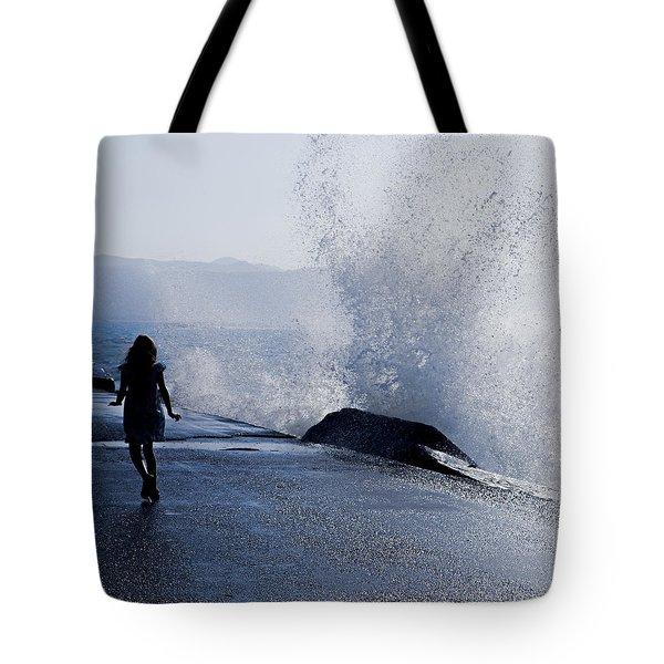 The Wave Tote Bag by Joana Kruse