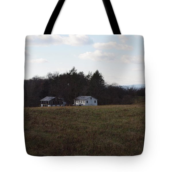 These old barns Tote Bag by Robert Margetts