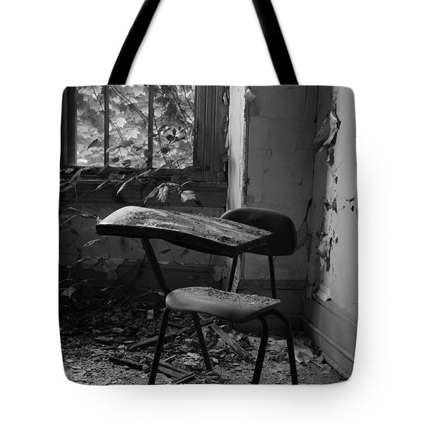 Time-out Tote Bag by Luke Moore