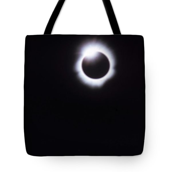 Total Solar Eclipse Tote Bag by Photo Researchers