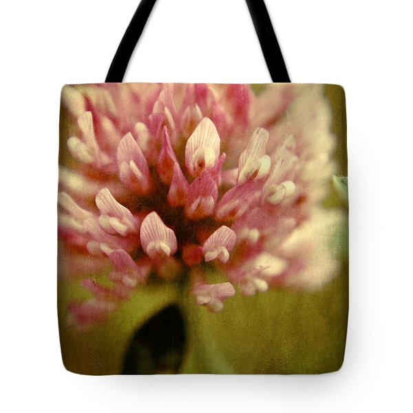 Trefle en Solo Tote Bag by Variance Collections