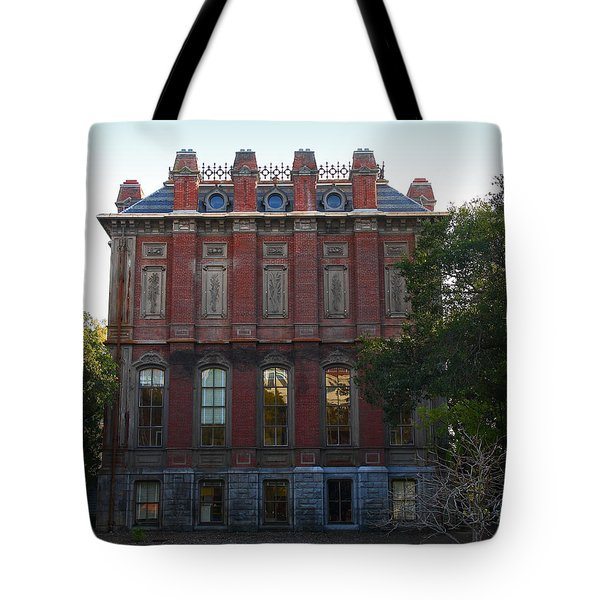 UC Berkeley . South Hall . Oldest Building At UC Berkeley . Built 1873 . 7D10053 Tote Bag by Wingsdomain Art and Photography