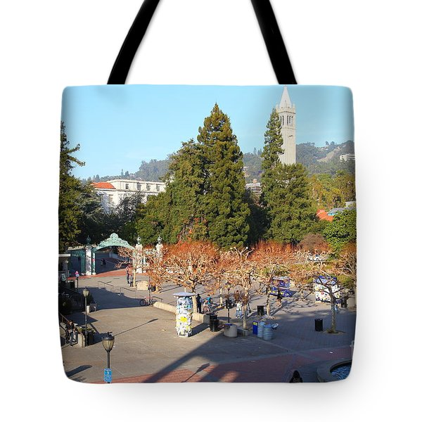 Uc Berkeley . Sproul Hall . Sproul Plaza . Sather Gate And Sather Tower Campanile . 7d10016 Tote Bag by Wingsdomain Art and Photography