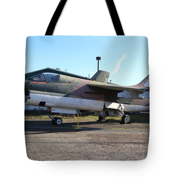 Us Fighter Jet Plane . 7d11239 Tote Bag by Wingsdomain Art and Photography