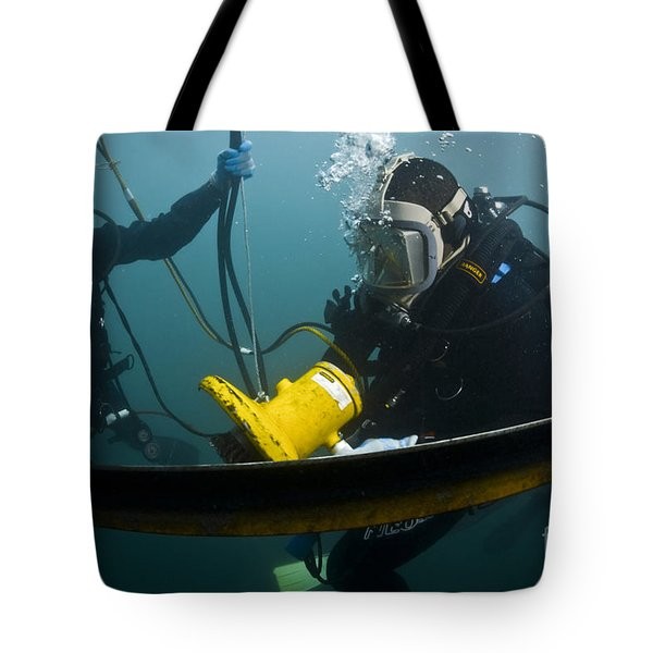 U.s. Navy Diver Instructs A Barbados Tote Bag by Stocktrek Images