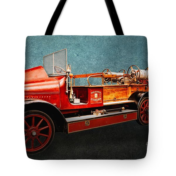 Vintage Fire Truck Tote Bag by Jutta Maria Pusl