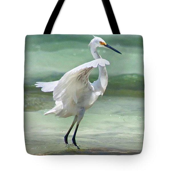 A Snowy Egret (egretta Thula) At Mahoe Tote Bag by John Edwards