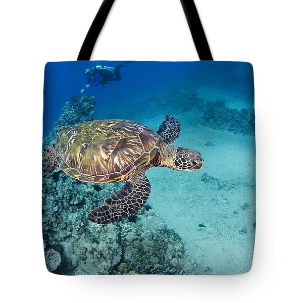 green sea turtles  Tote Bag by Dave Fleetham - Printscapes