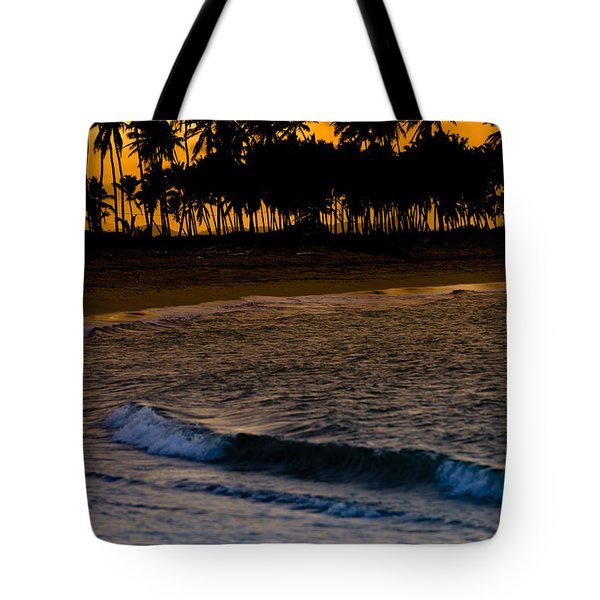 Sunset At The Beach Tote Bag by Sebastian Musial