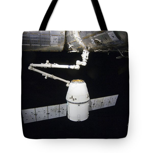 The Spacex Dragon Cargo Craft Prior Tote Bag by Stocktrek Images
