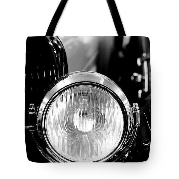 1925 Lincoln Town Car Headlight Tote Bag by Sebastian Musial