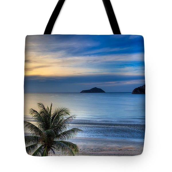 Ao Manao Bay Tote Bag by Adrian Evans