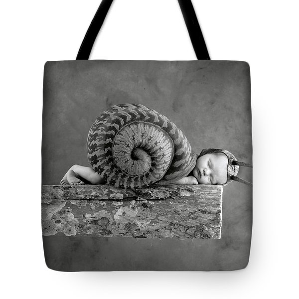 Julia Snail Tote Bag by Anne Geddes