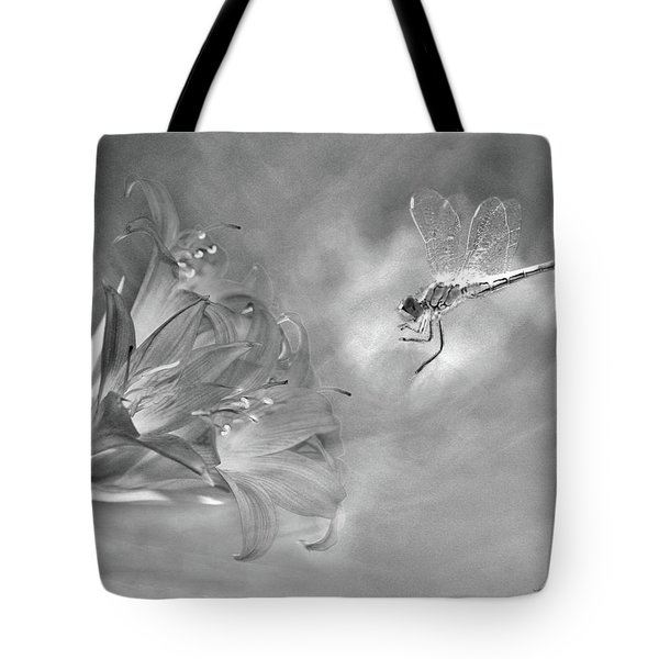 The Dragonfly And The Flower Tote Bag by Linda Lees