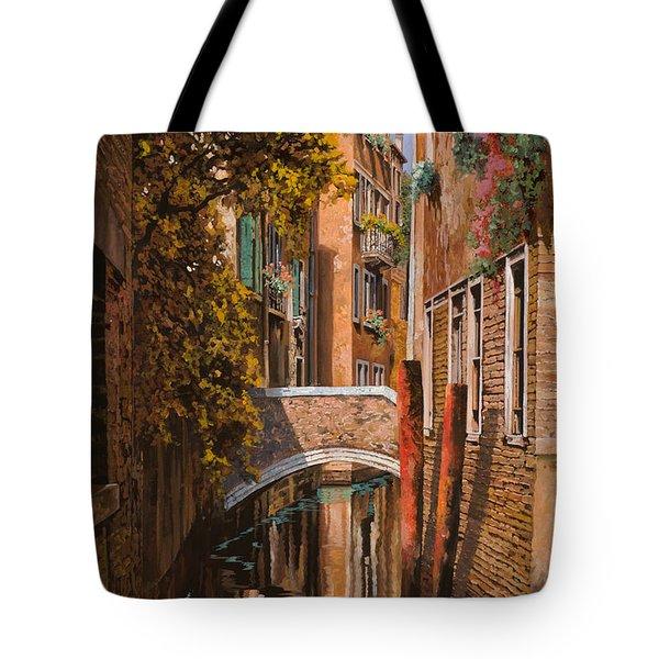 autunno a Venezia Tote Bag by Guido Borelli