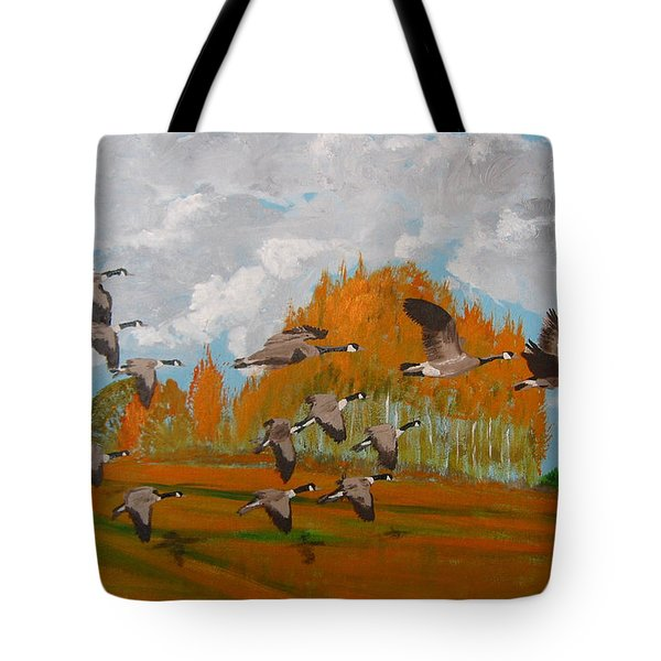 Canadian Geese Tote Bag by Richard Le Page