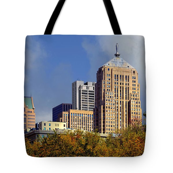 Chicago Board Of Trade Building - Cbot Tote Bag by Christine Till