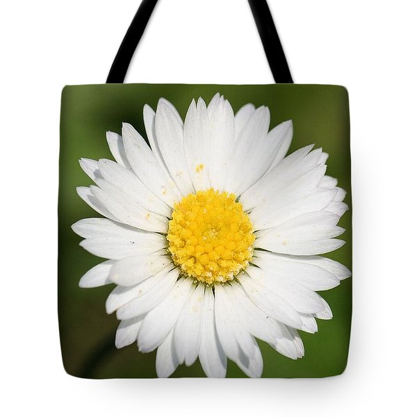 Closeup Of A Beautiful Yellow And White Daisy Flower Tote Bag by Tracey Harrington-Simpson
