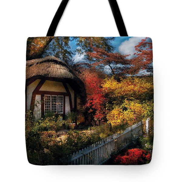 Cottage - Grannies Cottage Tote Bag by Mike Savad