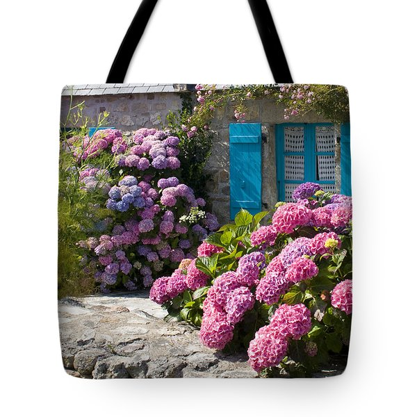 Country Style Tote Bag by Sophie De Roumanie