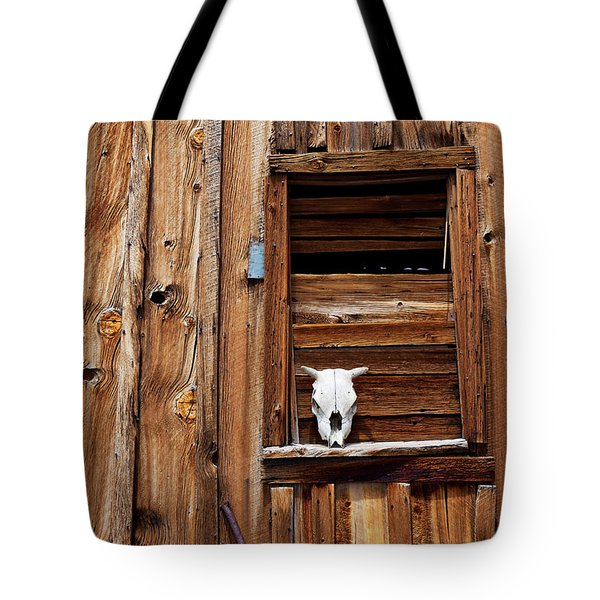 Cow skull in wooden window Tote Bag by Garry Gay